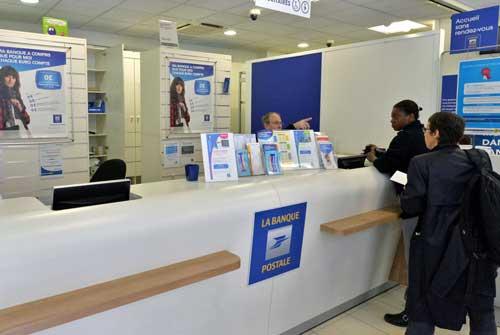 Oficina de La Banque Postale - Foto André Tudela. Le Groupe La Poste