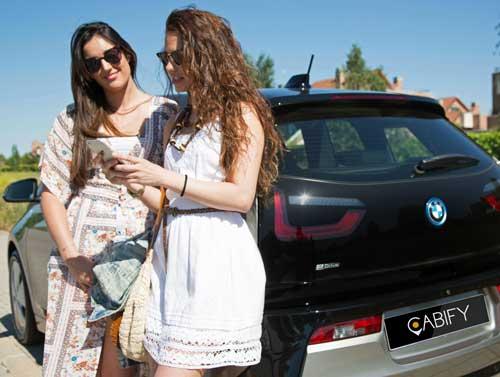 Cabify Electric cuenta ya con una flota de 20 vehículos BMW i3 - Foto: Cabify