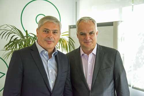 Alfonso Franch (a la izquierda) con Alain Lang, vicepresidente mundial de Canal y Alianzas de Sage