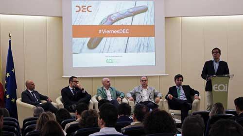 De izquierda a derecha, David Arconada, Carlos Mascías, Daniel Sánchez, Javier Gallardo y Alberto Córdoba durante la conferencia de Ramón Gurriarán