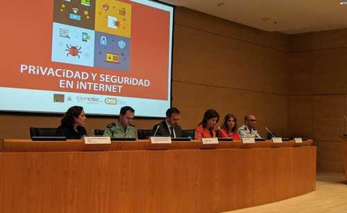 La presentación de la Guía de Privacidad y Seguridad en Internet ha contado con la participación de Mar España y Miguel Rego