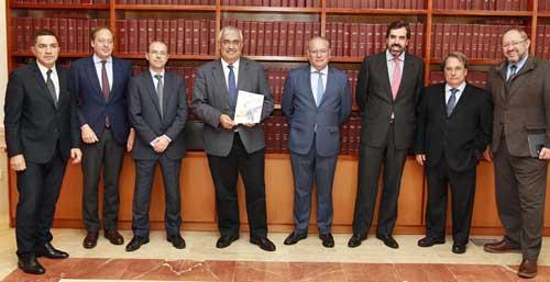 Antonio Ramírez de Arellano en la presentación de la revista Andalucía I+D+i