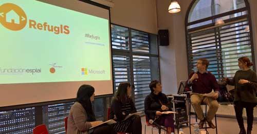 RefugIS es un proyecto impulsado por Microsoft Europa que se desarrolla en Italia y España y tiene como objetivo formar a 650 migrantes y personas refugiadas