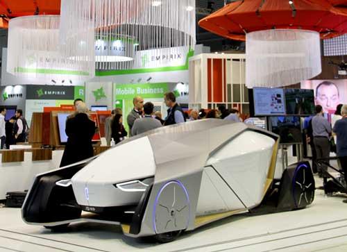 El coche conceptual Shiwa-Quattroruote, protagonista de la exposición de Vodafone en el MWC 2017