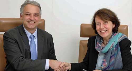 François Lavaste y Barbara Dalibard tras la firma del acuerdo de colaboración
