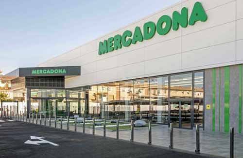 El nuevo modelo de tienda eficiente de Mercadona cuenta con dispositivos y herramientas colaborativas que facilitan la autogestión de cada supermercado y agiliza los procesos de toda la cadena