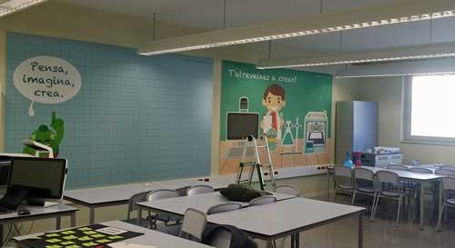 Cada centro está equipado con un entorno formado por un Sprout by HP, una impresora Dremel 3D, ordenadores HP x360 310 EE, una impresora HP PageWide y de un panel interactivo de Smart