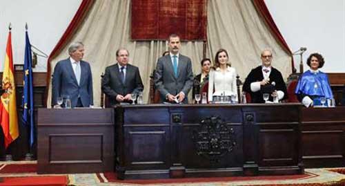 Méndez de Vigo anuncia la creación de las ayudas 'Beatriz Galindo' para atraer talento investigador a las universidades