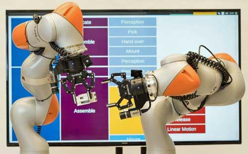 Siemens aplica la IA en robots capaces de fabricar productos sin programación previa