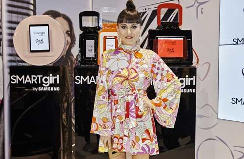 La diseñadora María Escoté ha sabido conectar tecnología y feminidad
