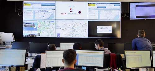 Desde su sala de control de operaciones, Candispe hace un seguimiento continuo y preventivo de su flota