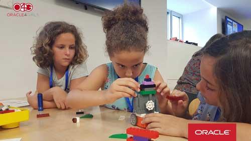 Oracle4Girls cumple un año motivando a niñas y jóvenes a formarse en tecnología y ciencias