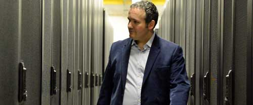 David Carrero Fernández-Baillo en el centro de datos de Stackscale