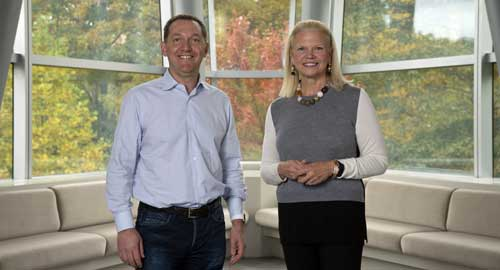 Gini Rometty con Jim Whitehurst
