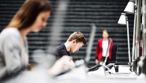 El programa NetAcad de Cisco ofrece 400 becas para los nuevos profesionales TIC