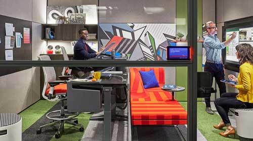 Concepto de Duo Studio que permite a dos personas colaborar y crear con la tecnología Surface Studio