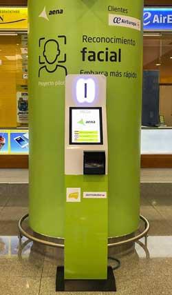 Quiosco de registro biométrico