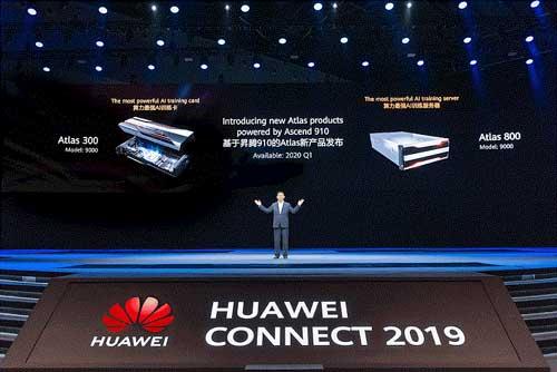Michael Ma durante la presentación de los Atlas 300 y Atlas 800 en Huawei Connect 2019