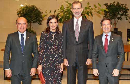 Los Reyes de España con Jaime de Jaraíz y Carlos Olave