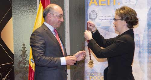 Ignacio Villaseca recoge el premio 'Ingeniero del Año 2019' otorgado por el COIT y la AEIT