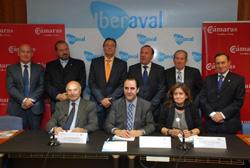 Imagen del acuerdo entre Iberaval y las Cámara de Comercio e Industria de CyL