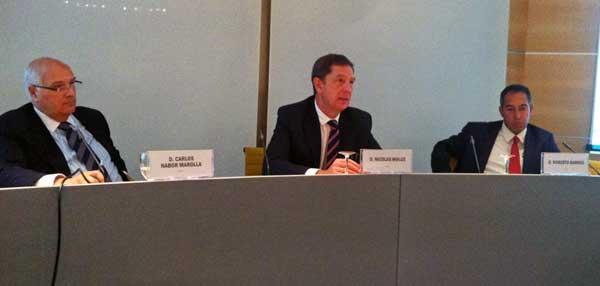 De izda a dcha: Carlos Nabor, Nicolás Mouze y Roberto Barros