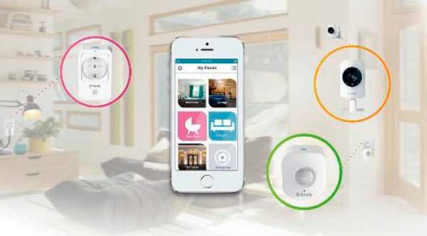 Smart Home HD Starter consta de un encufe inteligente, sensor de movimiento y cámara IP